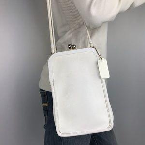 COACH Vintage White Leather Bonnie Kisslock Bag